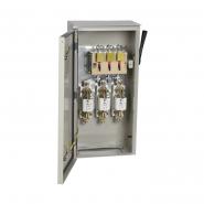 Ящик с рубильником и предохр. ЯРП-400А 74 IP54 ИЕК