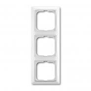 Рамка тройная горизонтальная белый Basic 55