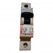 Автоматический выключатель Legrand DX 1п/32а-1м (Тип С) 6кА 03389